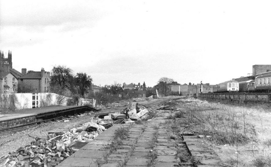 Demolition of Avenue Road station, looking east, Leamington Spa.  The main line station is on the right.  1968 |  IMAGE LOCATION: (Warwickshire County Record Office)