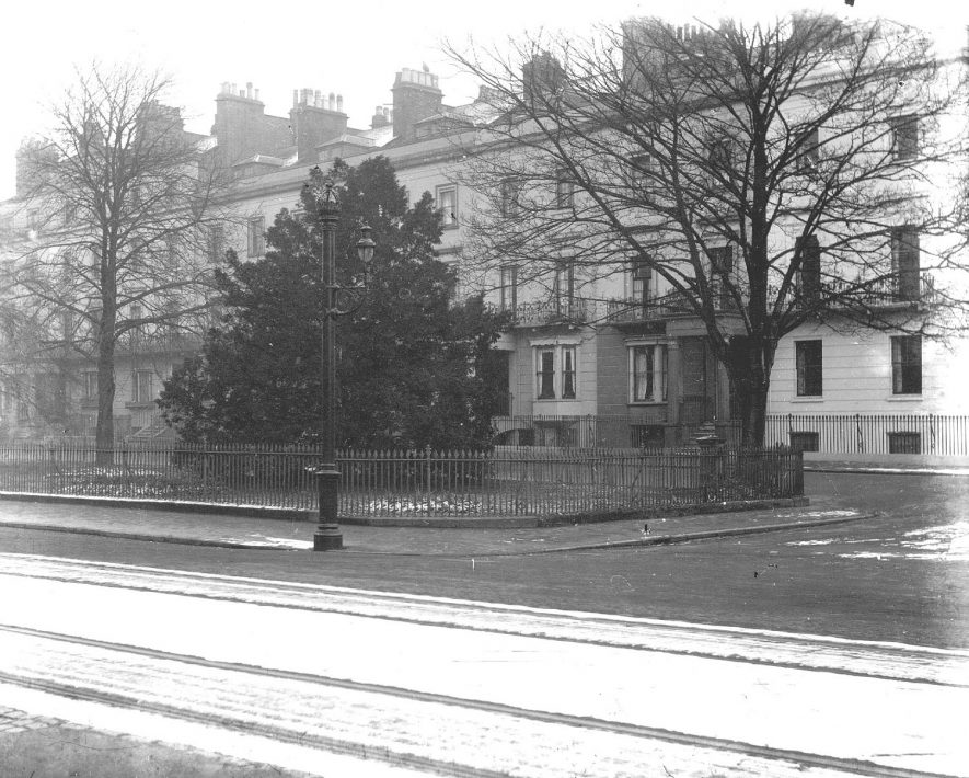 Euston Place ( before the erection of the War Memorial), Leamington Spa.  1910s |  IMAGE LOCATION: (Warwickshire County Record Office)