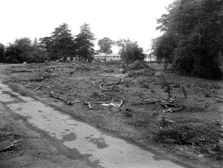 Shrubland Hall estate Tachbrook Road, Leamington Spa, which was cleared for building in 1939.  [1930] |  IMAGE LOCATION: (Warwickshire County Record Office)