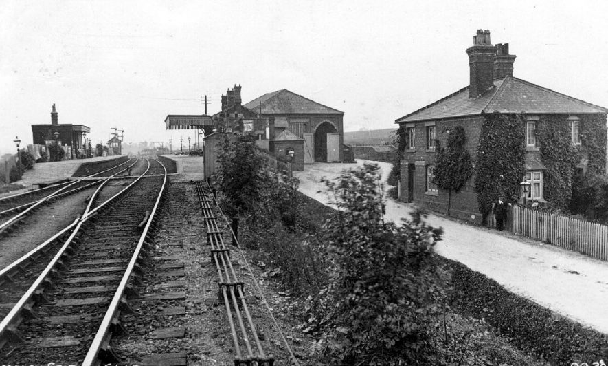 The railway station showing platforms, rails and buildings at Bearley.  1910s |  IMAGE LOCATION: (Warwickshire County Record Office)