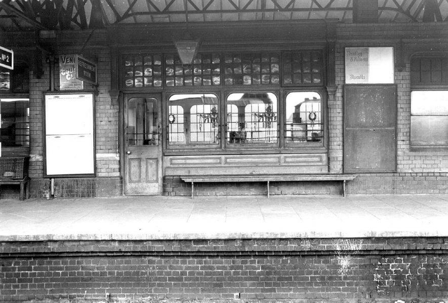Stratford upon Avon railway station platform.  1930s