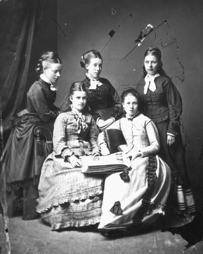 Webb family group of five women.  1877 |  IMAGE LOCATION: (Warwickshire County Record Office) PEOPLE IN PHOTO: Webb as a surname