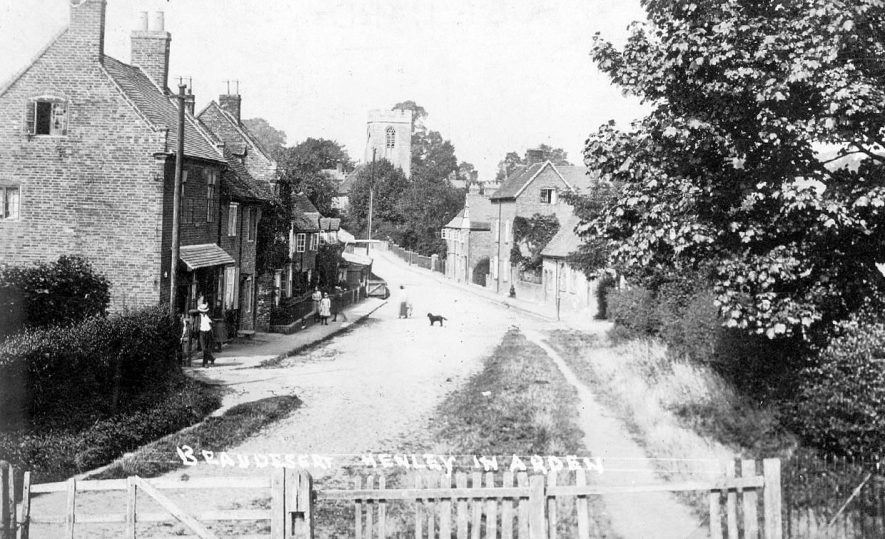 Beaudesert street leading to church.  1910s |  IMAGE LOCATION: (Warwickshire County Record Office)