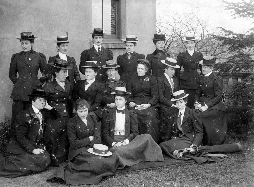 Members of The Warwickshire Ladies Golf club, who played in the test match at Coventry on March 20th 1900. Miss A Steadman is on the grass, 2nd left. |  IMAGE LOCATION: (Warwickshire County Record Office) PEOPLE IN PHOTO: Steadman, Miss A, Steadman as a surname