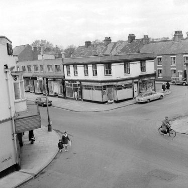 Nuneaton.  Broad Street and Queen's Road