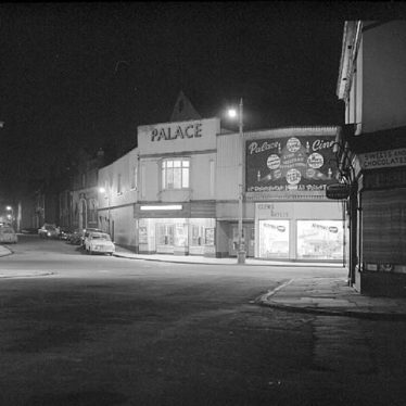 Nuneaton.  Palace Cinema at night