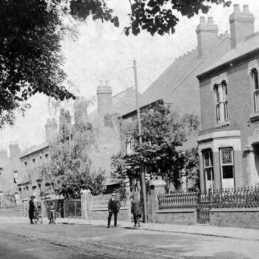 Bedworth.  Coventry Road