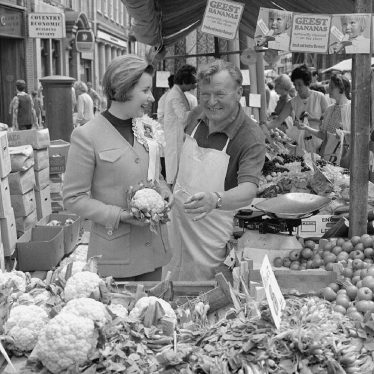 Nuneaton.  Susan Lewis Smith tours the market