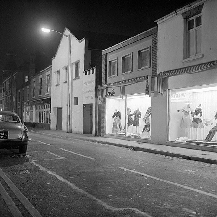View of Stratford Street, Nuneaton by night.  October 3rd 1972 |  IMAGE LOCATION: (Warwickshire County Record Office)