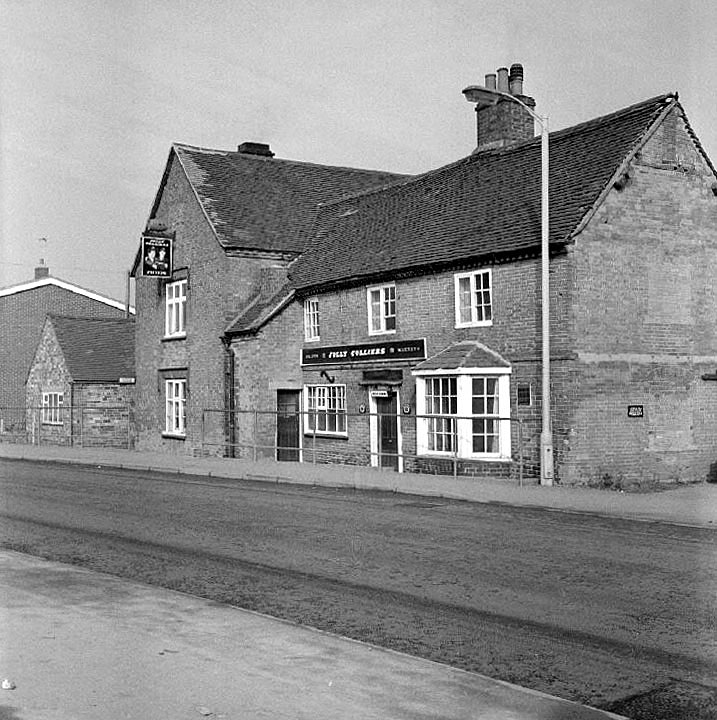 The Jolly Colliers pub in College Street, Chilvers Coton, Nuneaton, just before its demolition.  February 18th 1973 |  IMAGE LOCATION: (Warwickshire County Record Office)