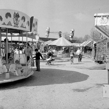 Nuneaton.  Barker's Spring Fair