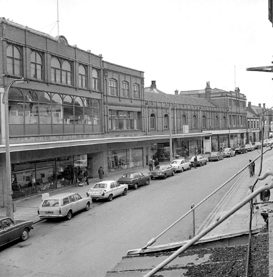 View of Abbey Street, Nuneaton, from the balcony of the Scala Cinema.  July 20th 1976 |  IMAGE LOCATION: (Warwickshire County Record Office)