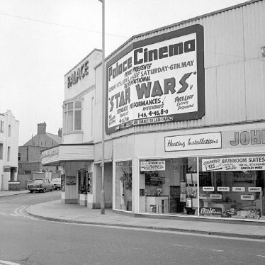 Nuneaton.  Queen's Road, Palace Cinema