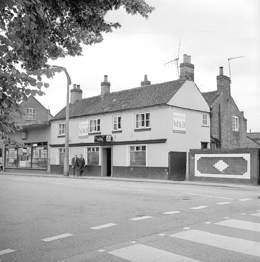 The Fox Inn at Attleborough Green, Nuneaton.  16 July 1978 |  IMAGE LOCATION: (Warwickshire County Record Office)