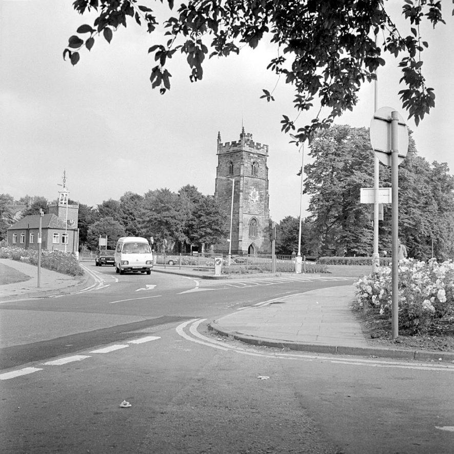 Nuneaton Parish Church, Church Street.  1982 |  IMAGE LOCATION: (Warwickshire County Record Office)