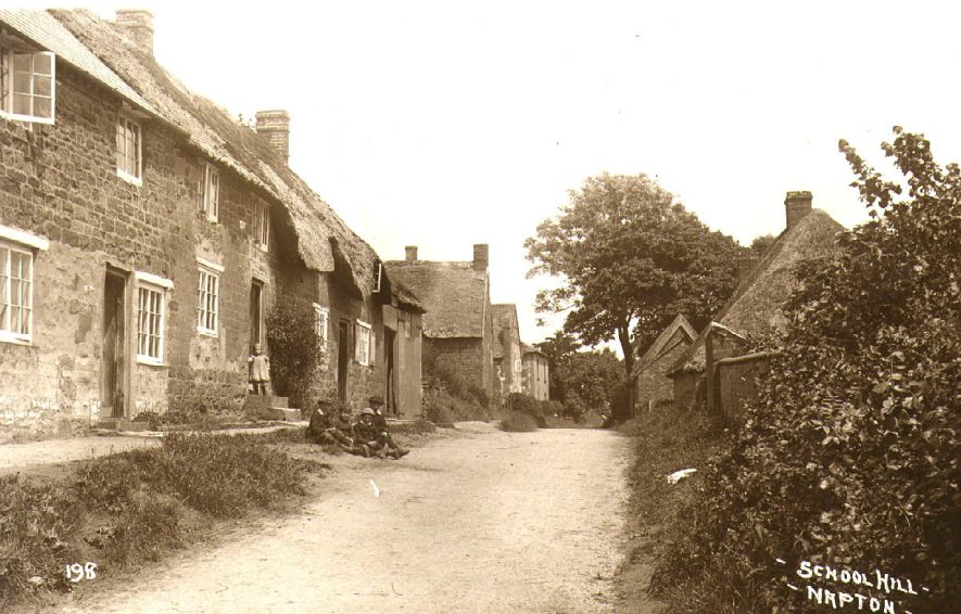 Looking up School Hill, Napton on the Hill.  1910s |  IMAGE LOCATION: (Warwickshire County Record Office)