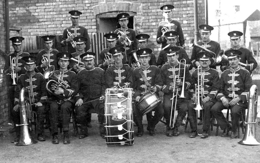 Legion Band, Bedworth. Group of bandsmen with their instruments.  1910s |  IMAGE LOCATION: (Warwickshire County Record Office)