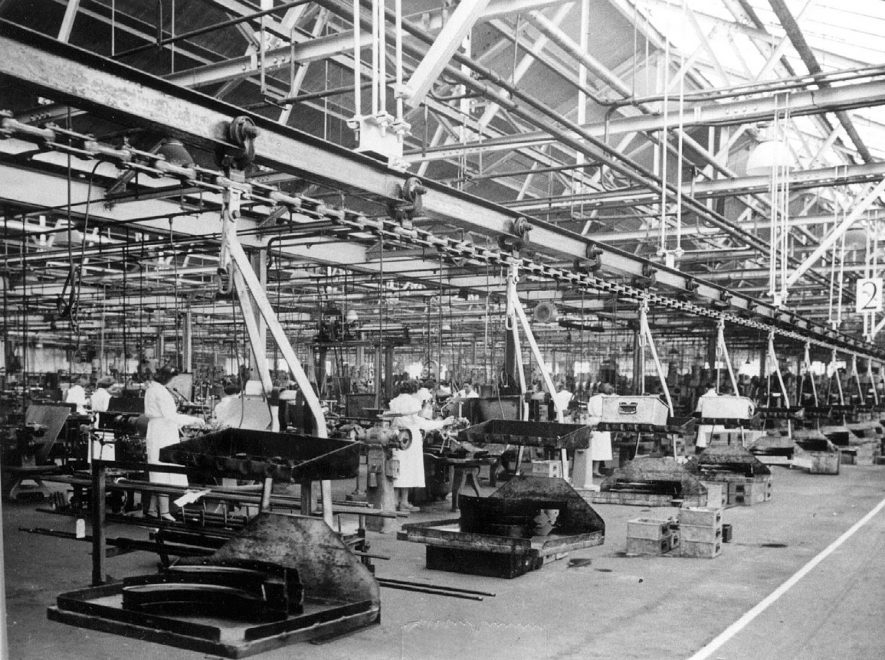 The brakes machine shop at  Automotive Products.  1947 |  IMAGE LOCATION: (Leamington Library)