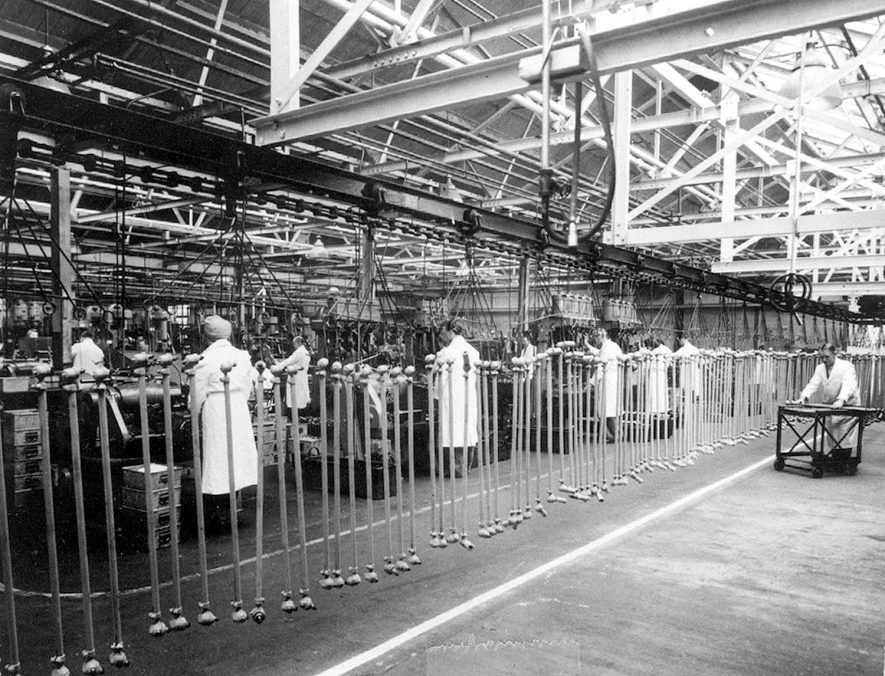 Part of the Thompson tie rod factory at  Automotive Products.  1947 |  IMAGE LOCATION: (Leamington Library)