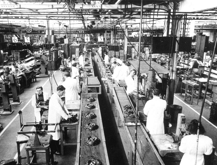Clutch assembly lines in the Borg & Beck factory.  1947 |  IMAGE LOCATION: (Leamington Library)