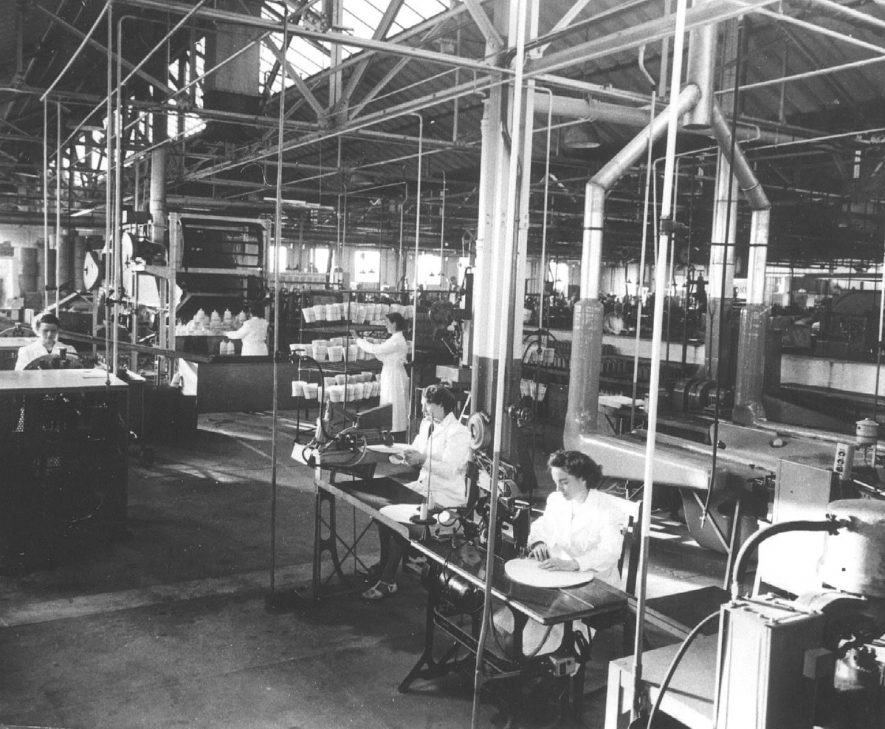 A view of  part of the Purolator factory at  Automotive Products.  1947 |  IMAGE LOCATION: (Leamington Library)