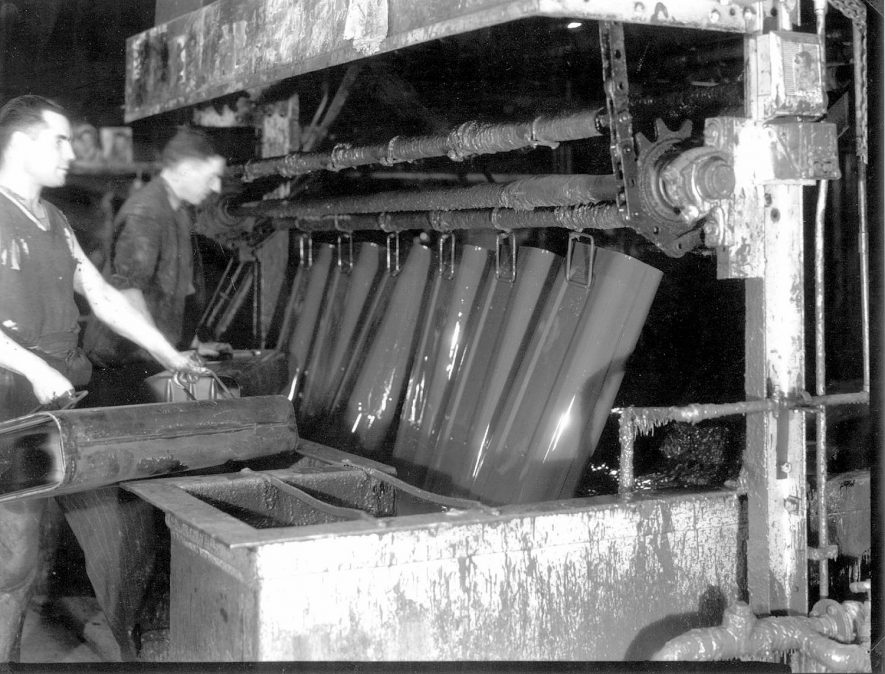 C 317 ammunition boxes in the paint shop at  Flavels, Leamington Spa.  1946 |  IMAGE LOCATION: (Leamington Library)