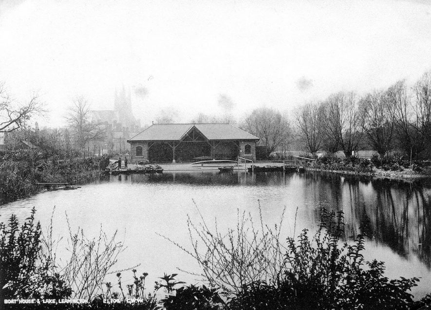The boating lake and boathouse, Leamington Spa.  1920s |  IMAGE LOCATION: (Leamington Library)