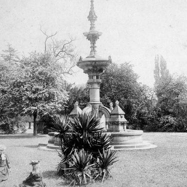 Leamington Spa.  Hitchman fountain