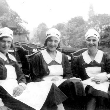 Leamington Spa.  Waitresses from the Pavilion Cafe