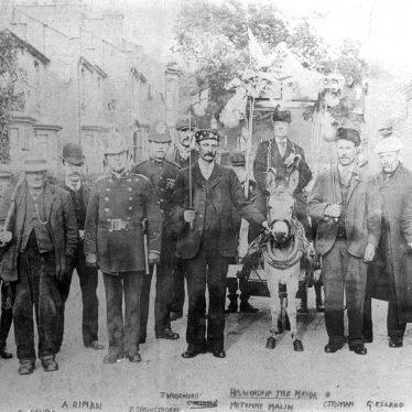 Leamington Spa.  Hoggy Malin and his Court