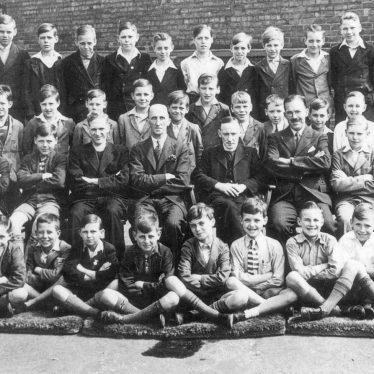 Leamington Spa.  St Peter's School/Church Choir