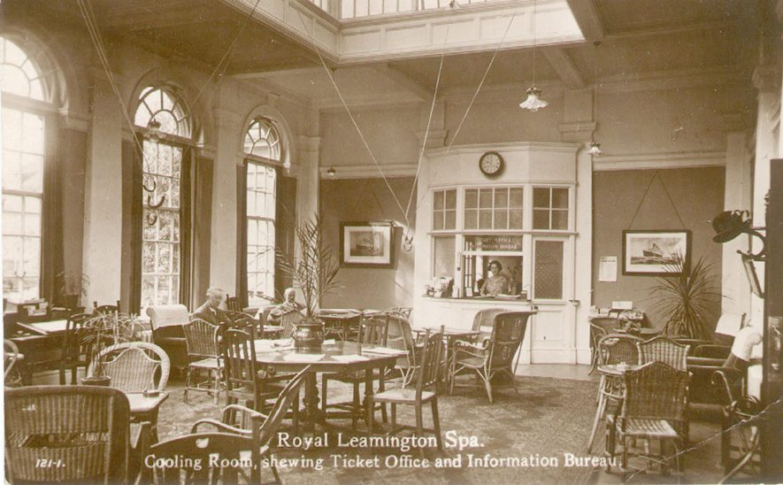The cooling room and information bureau at The Pump Rooms, Leamington Spa.  1910s |  IMAGE LOCATION: (Leamington Library)