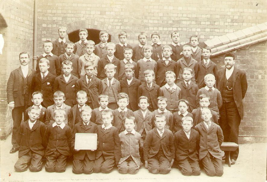 Group photograph of pupils from Leicester Street Elementary Boys School, standards VI and VII, Leamington Spa.  1902 |  IMAGE LOCATION: (Leamington Library) PEOPLE IN PHOTO: Lamsdale, John, Duckett, Harry