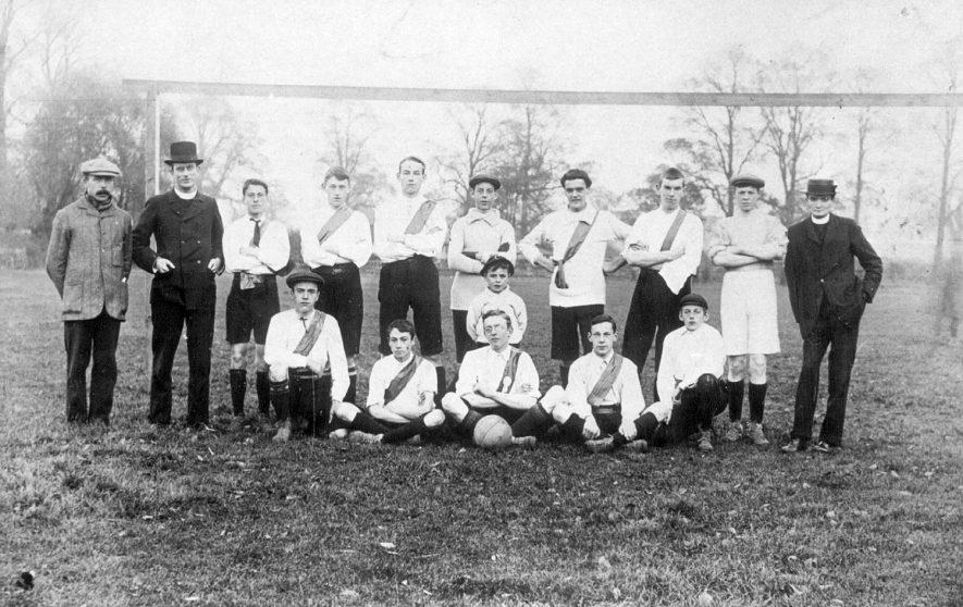 Lillington.  Football team group photograph.  1910s |  IMAGE LOCATION: (Leamington Library)