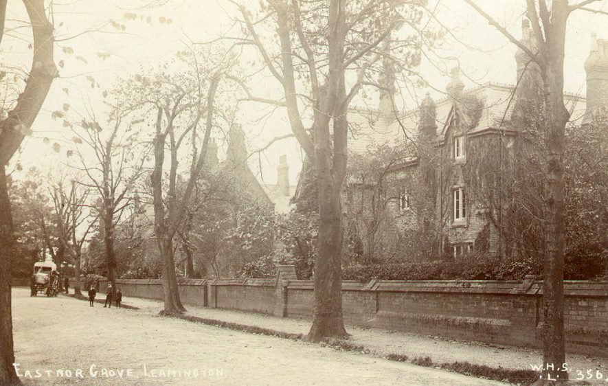 Houses in Eastnor Grove, Leamington Spa.  1910s |  IMAGE LOCATION: (Leamington Library)