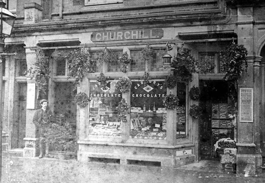 Churchill's shop front at Christmas.  1900s |  IMAGE LOCATION: (Leamington Library)