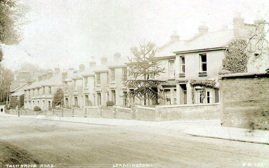 Row of neat Victorian villas on the Tachbrook Road.  1900s |  IMAGE LOCATION: (Leamington Library)