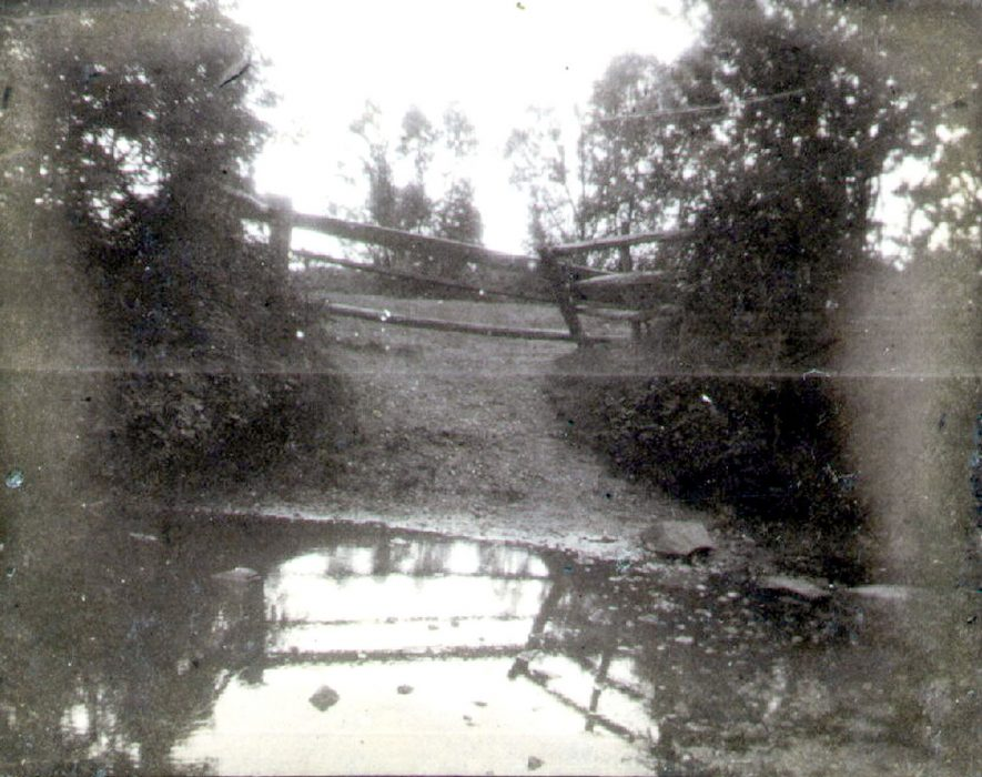 The River Avon at Newbold Road, Rugby.  1900 |  IMAGE LOCATION: (Rugby Library)