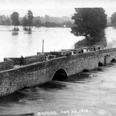 Bidford on Avon.  Bridge