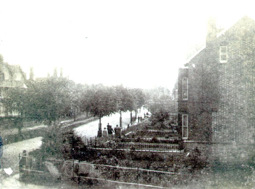 Clifton Road, Rugby.  Houses and front gardens.  1898 |  IMAGE LOCATION: (Rugby Library)
