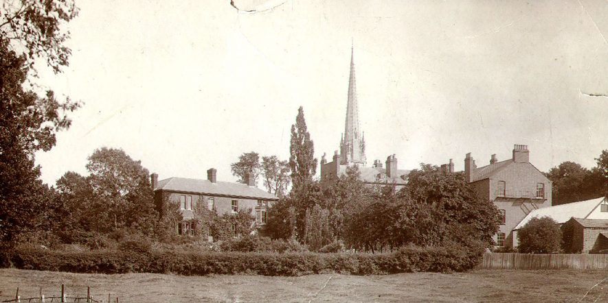 Rear of gardens and houses in Dunchurch Road, Rugby.  1900s    IMAGE LOCATION: (Rugby Library)