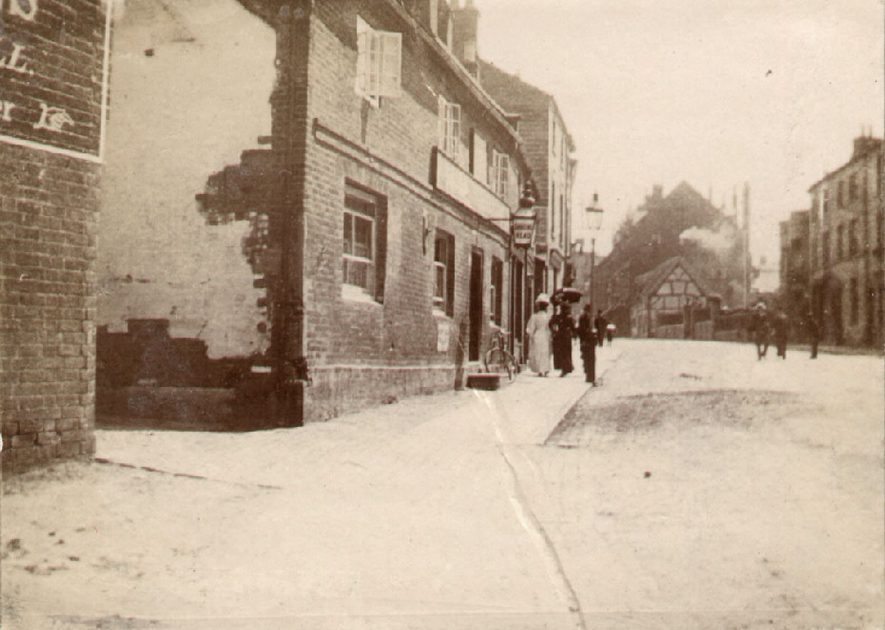 View along North Street, Rugby.  1905 |  IMAGE LOCATION: (Rugby Library)