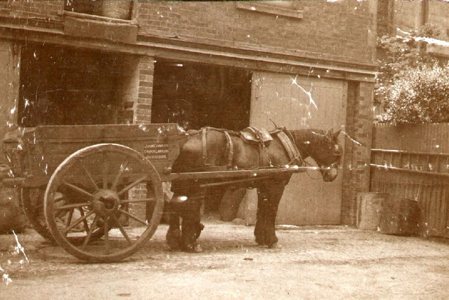 Horse and cart.  1900 |  IMAGE LOCATION: (Rugby Library)