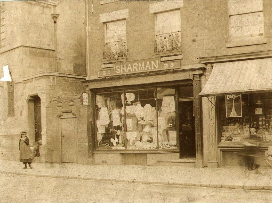 Shaman's shop in Warwick Street, Rugby. 1900. |  IMAGE LOCATION: (Rugby Library)