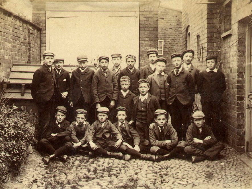Group photograph of pupils from St Andrew's Murray Church of England School, Rugby.  1895 |  IMAGE LOCATION: (Rugby Library)