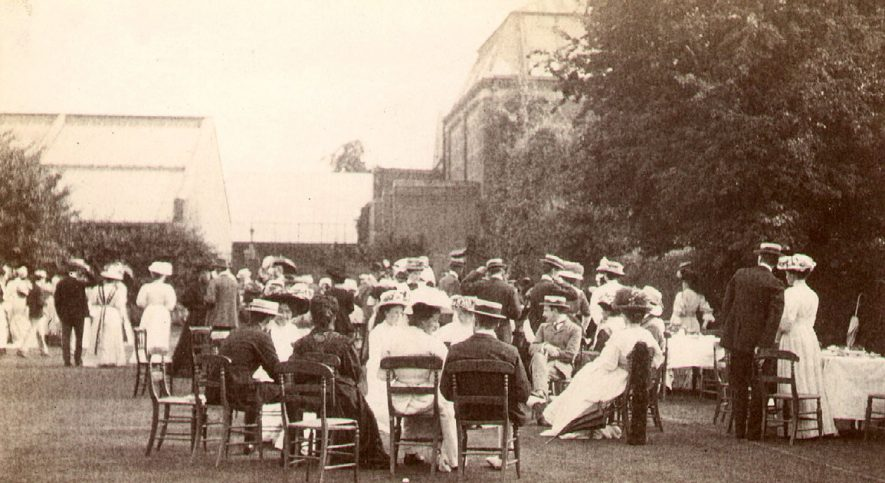Rugby School. Mr Brooke's garden party, 26th June, 1908.  Photograph donated by Mrs R Hosking.  1908    IMAGE LOCATION: (Rugby Library)