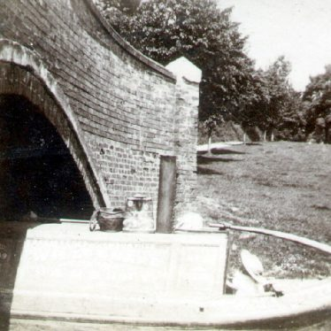 Rugby.  Building Great Central Railway bridge over the Oxford Canal