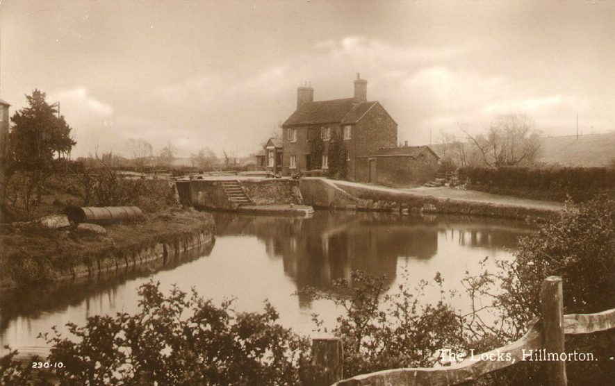 Locks on the Oxford Canal at Hillmorton.  1930 |  IMAGE LOCATION: (Rugby Library)