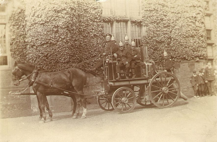 Rugby B.T.H. horse drawn fire engine and firemen in 1906. |  IMAGE LOCATION: (Rugby Library)
