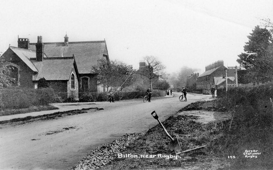 Street scene in Bilton showing chapel.  1910s |  IMAGE LOCATION: (Warwickshire County Record Office)